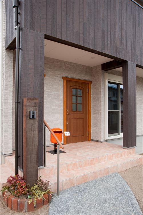 筑紫野市 注文住宅のガスボンベのポストならベストホーム