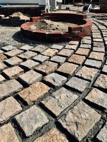 自然石のアプローチ