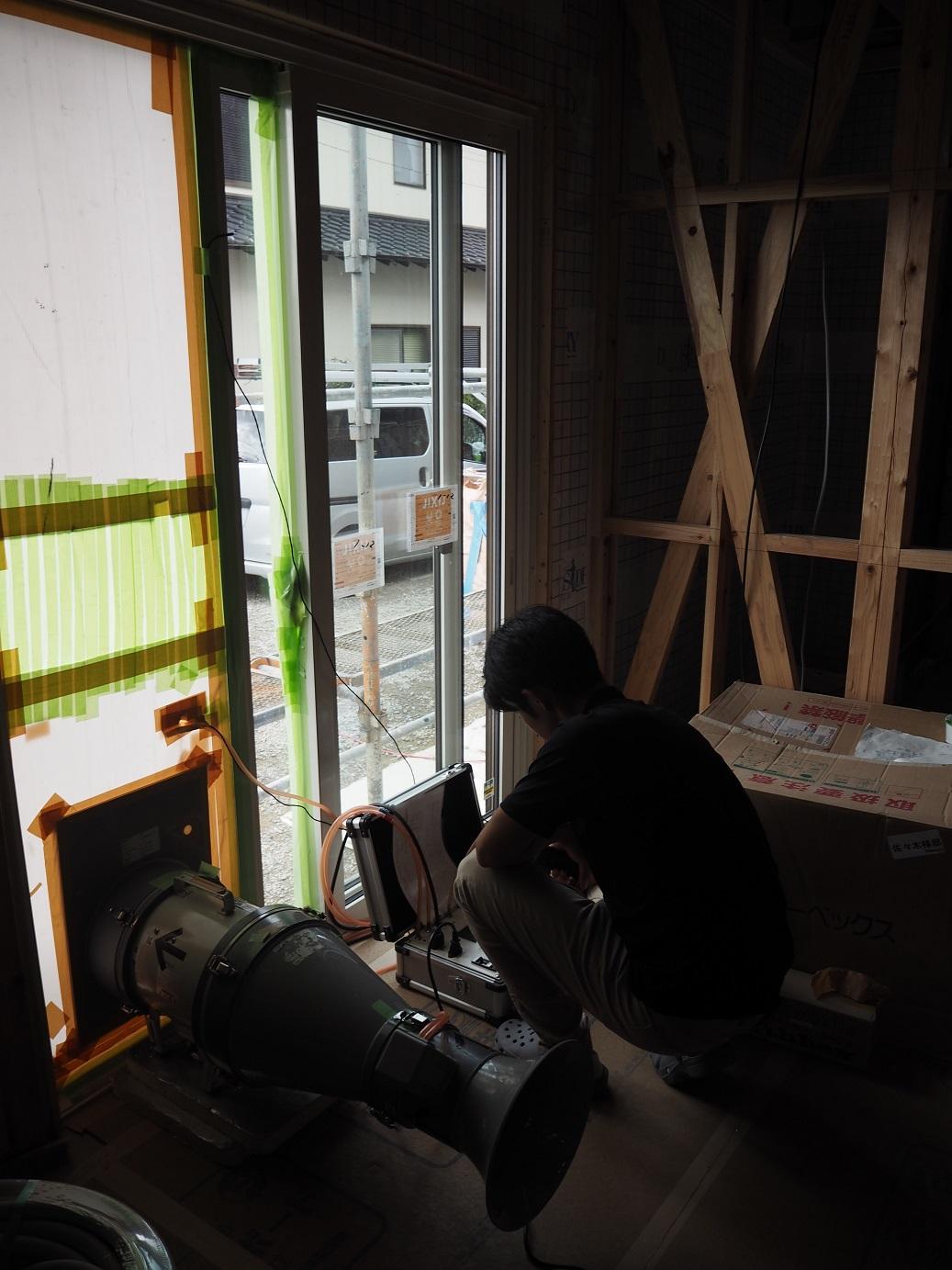 ベストホーム福岡の気密測定は高性能
